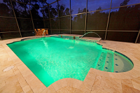 Pardoseala de travertin maro pentru piscina